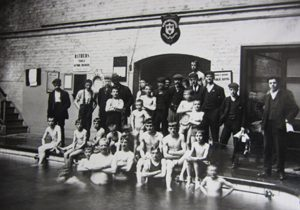 Shrewsbury Jubilee Baths c1910 (no mixed bathing then!) ©Shropshire Archives PH/S/13/Q/2/93/1