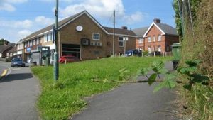 Probable sight of hangings, the raised area near the shops at the bottom of Mount Pleasant Road